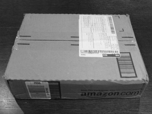 Caja Amazon con libros Crowdfunding